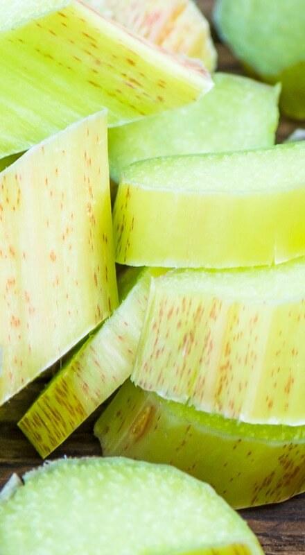 Rhubarbe pour vin apéritif pétillant selon méthode traditionnelle