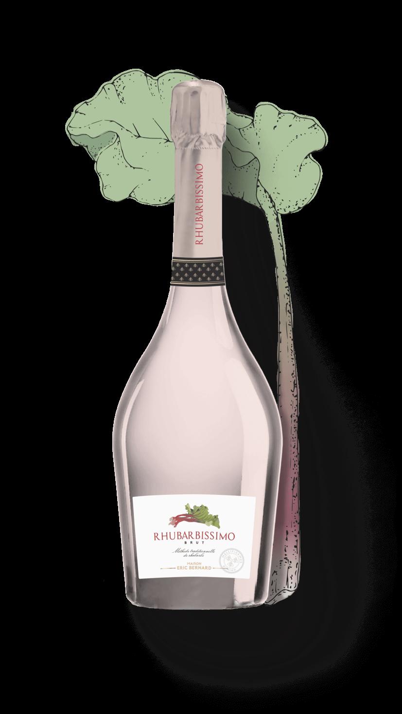 Bouteille de vin effervescent de rhubarbe brut